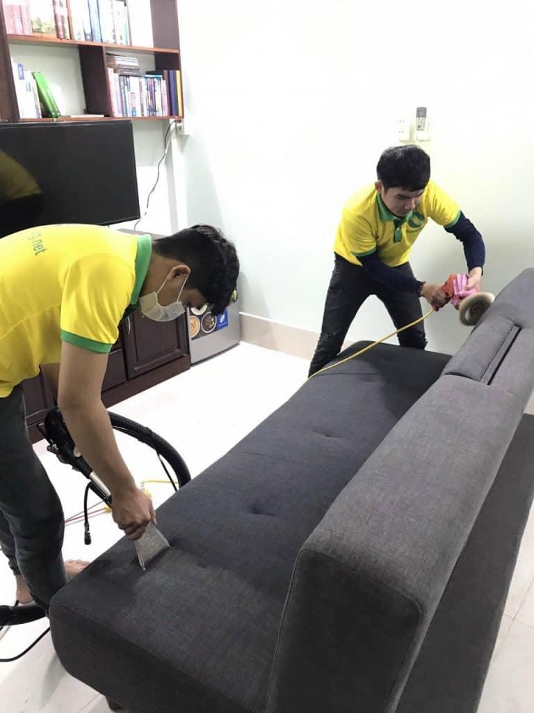 giặt thảm sofa văn phòng cty broland
